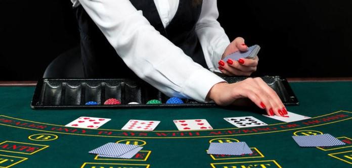 Blackjack D'Alembert Taktiği nedir